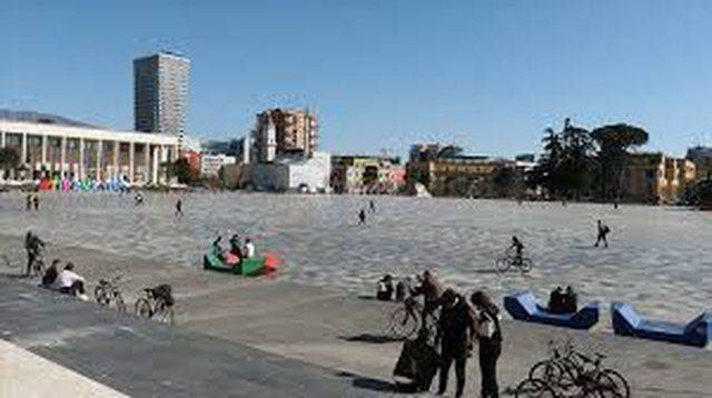 Situata me Covid-19/ Pesë viktima dhe 581 raste të reja, Tirana mbetet
