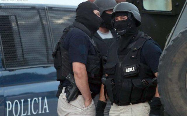 """Kontrolle në 7 banesa, policia jep detaje nga operacioni """"blic"""""""