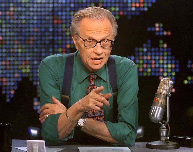 Ndërron jetë në moshën 87-vjeçare Larry King, ikona e