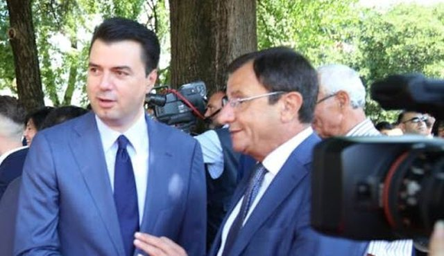 """Fatos Nanos konsolidimin e pushtetit ia dha burgu"", Ruli flet"