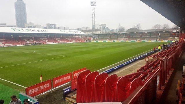 Duke nisur nga 17 maji, Anglia hap stadiumet për tifozët