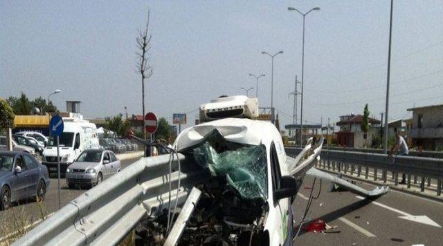 Aksident i shumëfishtë në autostradën Vlorë-Fier, humb
