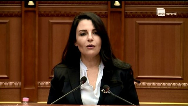 """""""Korrupsion legjislativ"""", Balluku i përgjigjet Presidences"""