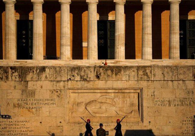 Greqia synon të heqë masat anti-Covid, kur mund të nisë