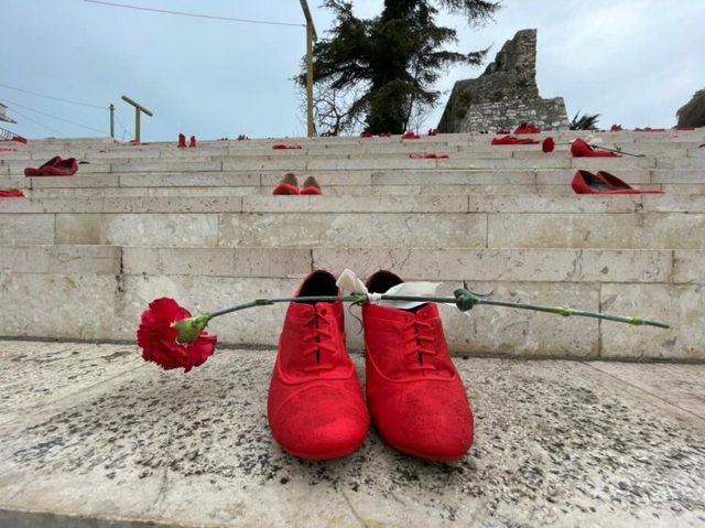 """""""8 marsi në Durrës"""", homazh ndaj viktimave të"""
