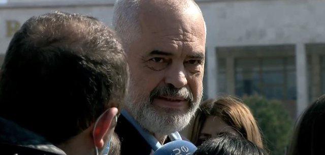 Rama: Brenda majit gjysmë milioni shqiptarë të vaksinuar