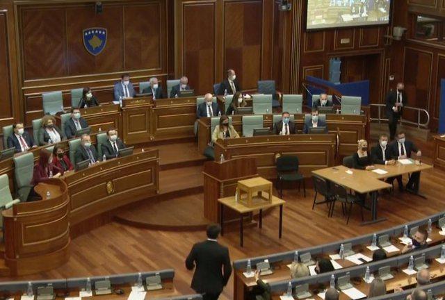 Dështon sërish zgjedhja e Vjosa Osmanit si Presidente e Kosovës,