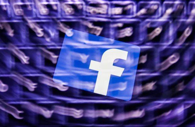 Mbështesnin militantët iranianë të mërguar, Facebook