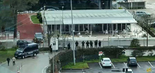 Pezullimi i punës në Rinas, FNSH dhe policia ushtarake