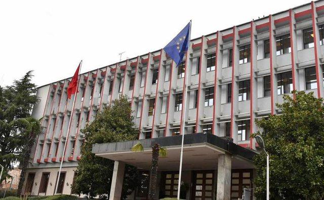 Plan për të udhëtuar? Ministria e Jashtme tregon masat anti-Covid