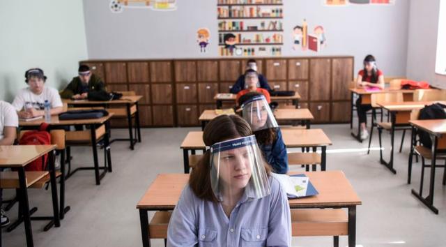 Situata me Covid-19, Kosova vendos rikthimin e nxënësve të