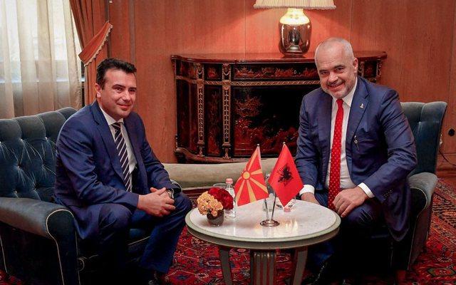 Zoran Zaev bën 'fushatë' për Edi Ramën: Votoni