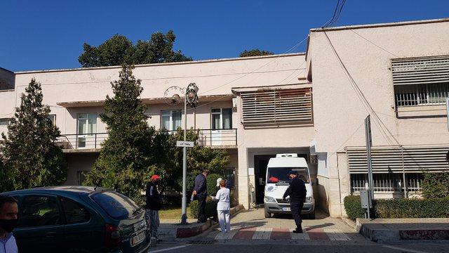 Mbyllet spitali Covid 3 në Tiranë, pacientët do transferohen te