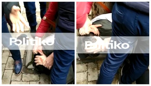 Video / The moment when the believers catch and beat with fists and kicks the