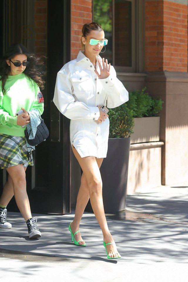 Rihanna, Hailey Bieber, Kim Kardashian e shumë yje të tjera me