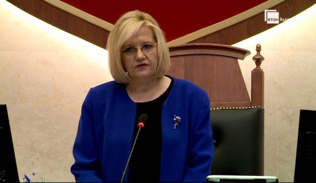Seanca e parë parlamentare pa Bashkim Finon, të gjithë