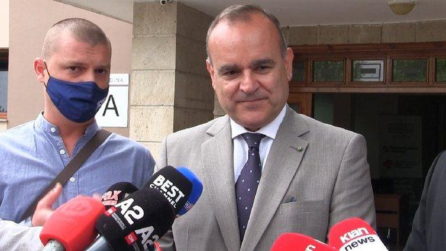 Pretendimet e opozitës për manipulime zgjedhore, flet ambasadori i