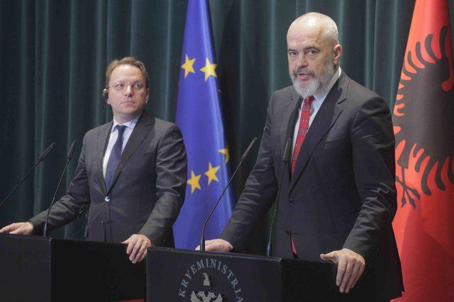 Shqipëria pret të enjten samitin e liderëve të Ballkanit
