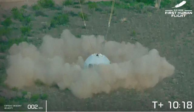 Video/ Jeff Bezos realizon me sukses fluturimin në hapësirë,