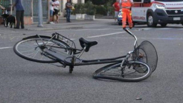 Aksident në Tiranë, punonjësi i policisë përplas