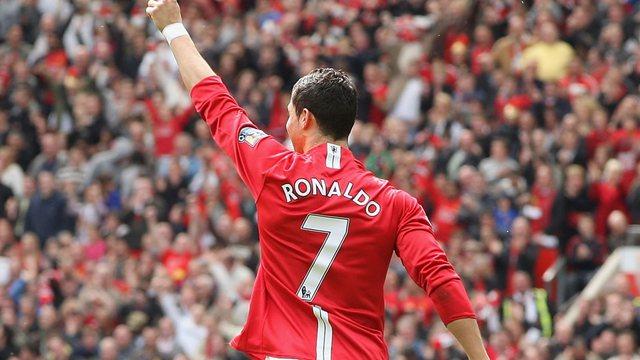 """U rikthye në """"Old Trafford"""" me 2 gola, Ronaldo ndan emocionet e"""
