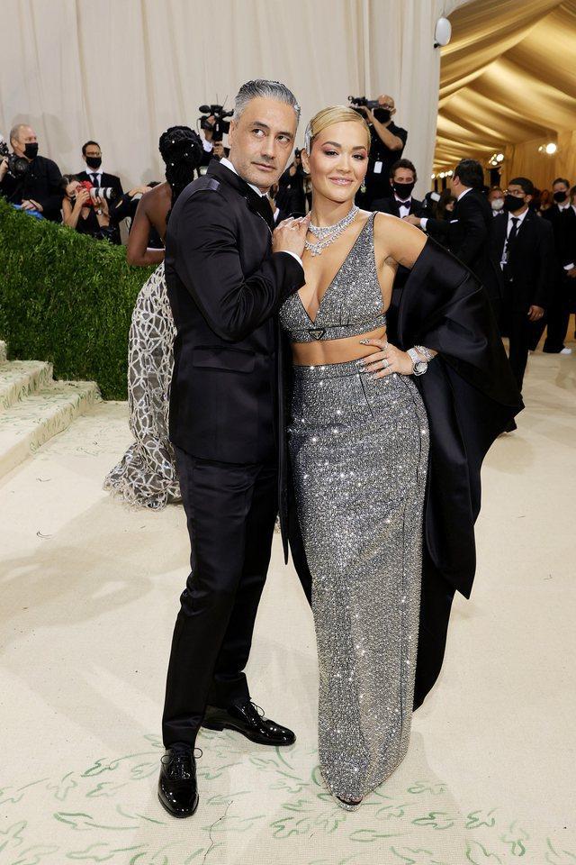 """Nga Rita Ora tek Rihanna, çiftet që shkëlqyen në """"Met"""