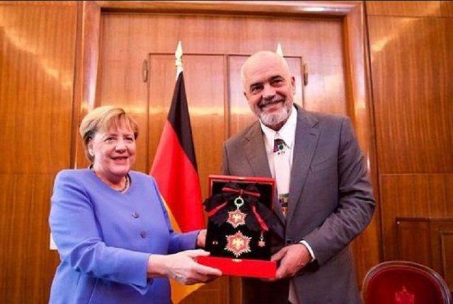 Dekorata e Ramës për Merkel, Nazarko: Gjermanët shmangën