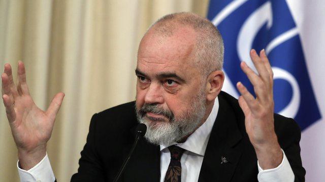 """Shpallja """"non-grata"""" e Berishës, Rama për VOA: Nuk ka"""