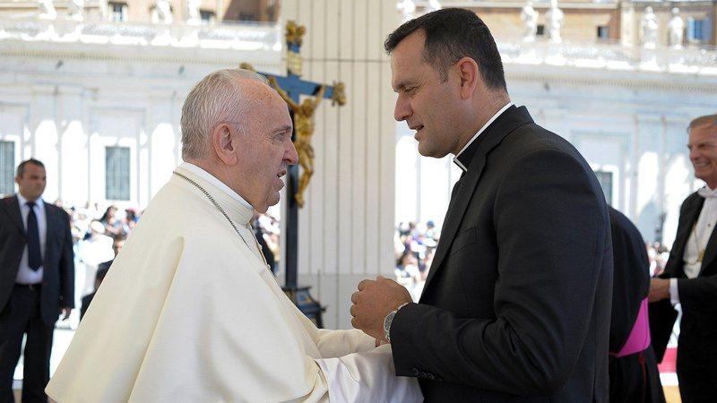 Dom Gjergj Meta: Mesazhi i vizitës së Papa Françeskut në