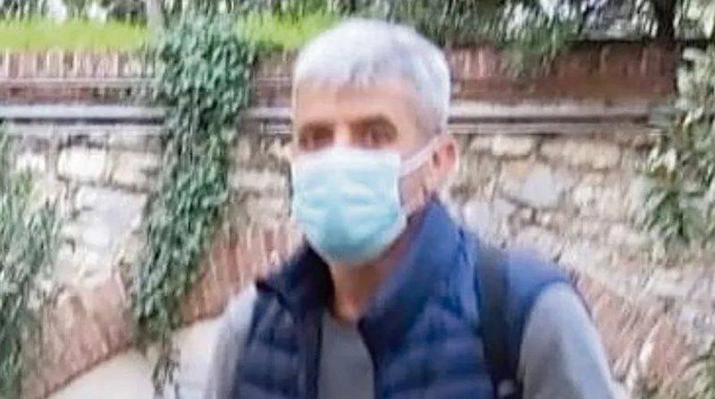 Kërkohej për 27-vjedhje në Itali, arrestohet në pyll