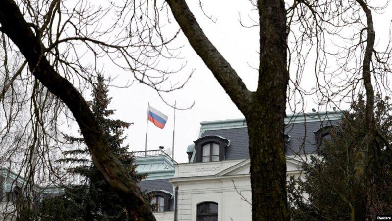 I akuzon si spiunë, Çekia dëbon 18 diplomatë rusë