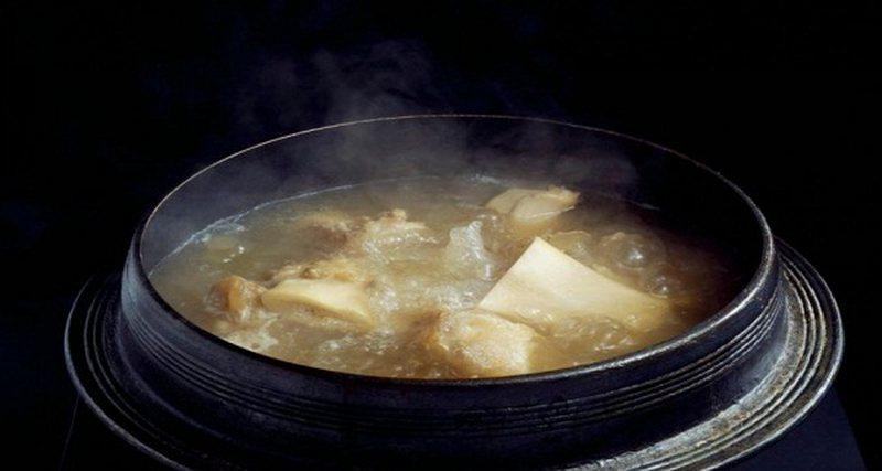 """Supa e """"të varfërve"""" që shëron sëmundjet,"""