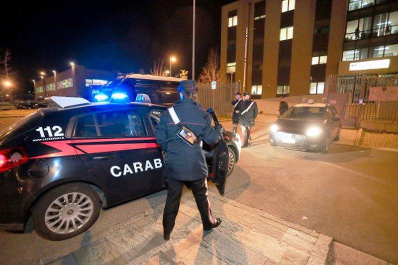 50 të arrestuar në Itali, shqiptarët burrë e grua drejtonin