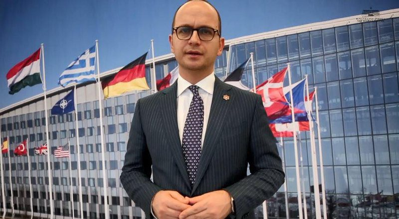 Anëtarësimi në NATO, Bushati mesazh për Maqedoninë e