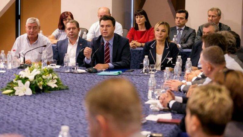 Nesër krijohet koalicioni opozitar, PD firmos me LSI dhe aleatët e
