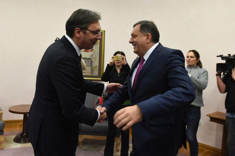 Vuçiç dhe Dodik në Samitin e Tiranës, Vetëvendosje: