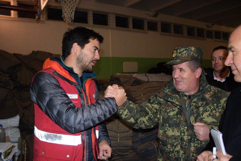 Zvicra zgjeron mbështetjen për familjet e prekura nga tërmeti