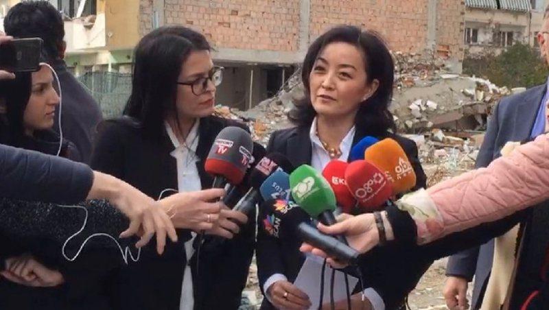 Ambasadorja Yuri Kim sheh pasojat e tërmetit në Durrës: