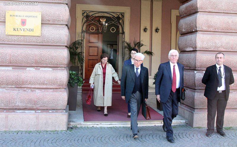 Emërimet në Kushtetuese, delegacioni i 'Venecias' takim