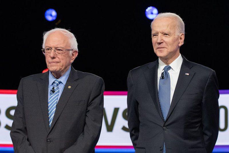 Presidencialet në SHBA: Bernie Sanders pezullon fushatën, i hap