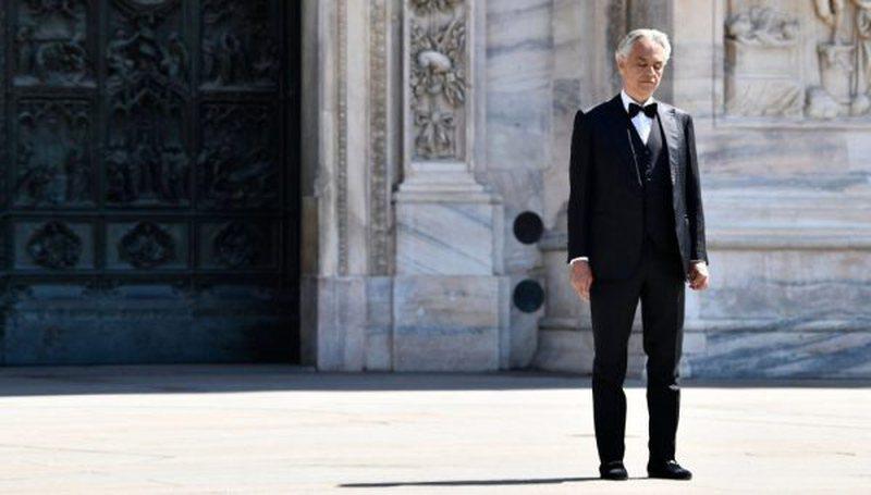 Andrea Bocelli del kundër qeverisë italiane, i bën thirrje