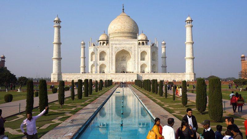 Taj Mahal rihapet për vizitoret pas gjashtë muajsh i mbyllur