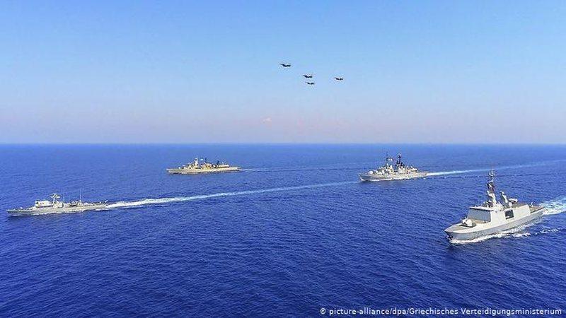 Turqia dhe Greqia ulin 'armët': Të gatshëm për