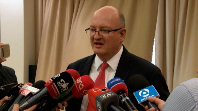 Reforma Zgjedhore, ambasadori britanik apel palëve politike: 5 qershori nuk