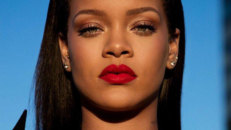"""Rihanna """"nominohet"""" për të zëvendësuar"""