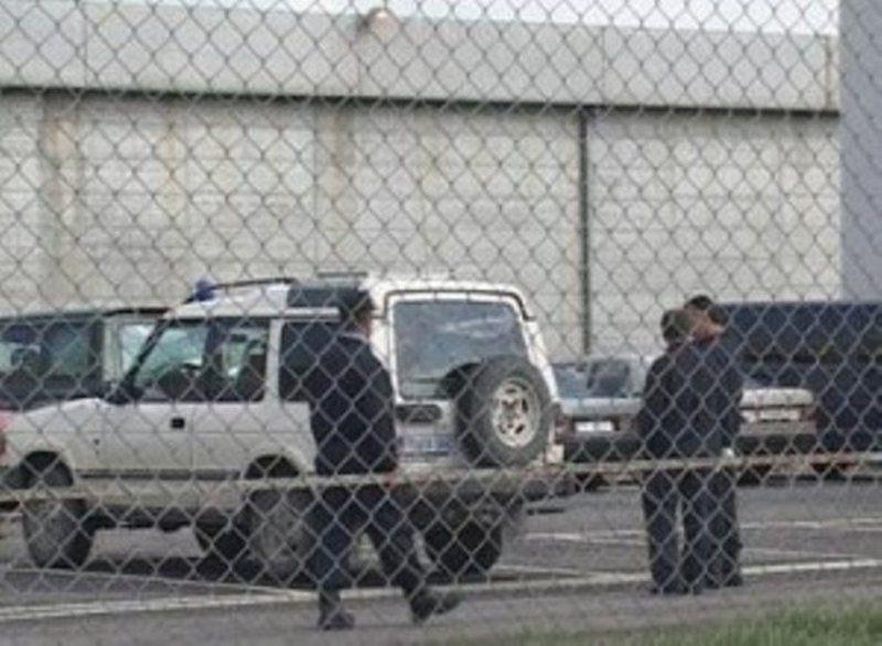 Kapet në flagrancë i dënuari në burgun e Rrogozhinës,