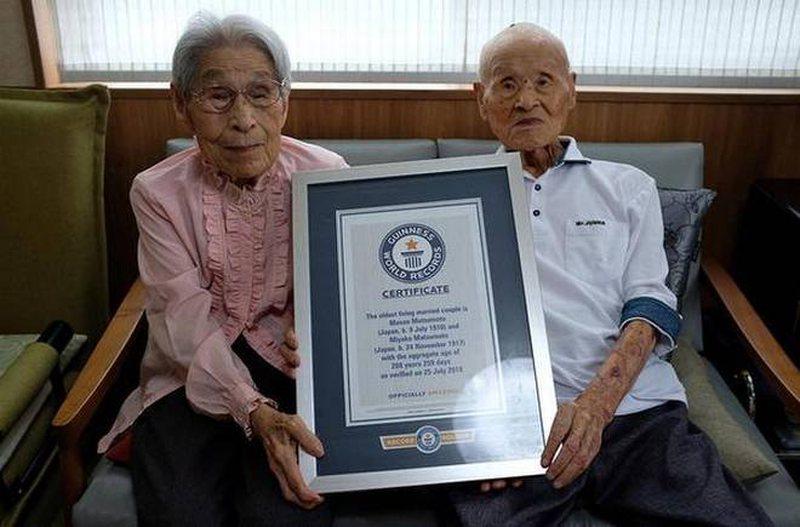 Çifti më i vjetër në botë merr rekord Guinness,  ja