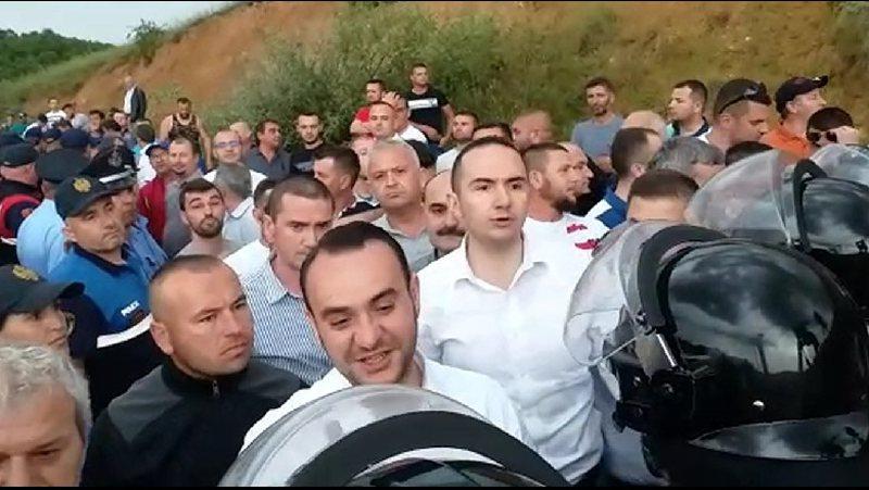 Pritë Ramës në Pogradec, ish-deputetët e PD nxisin