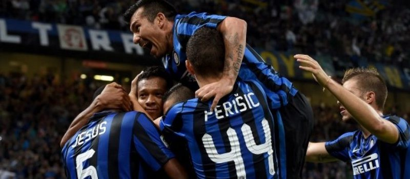 Gara për Champions, Interi i përgjigjet Milanit e Romës