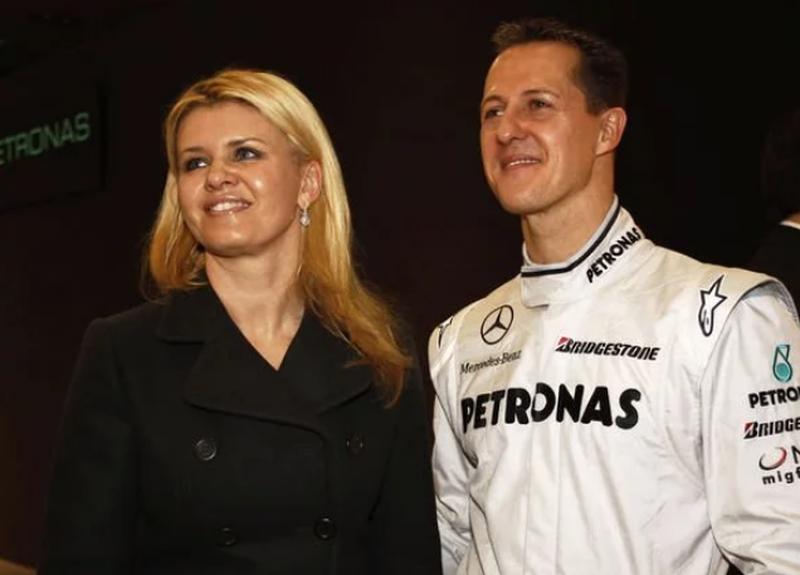 Mjeku: Michael Schumacher 'i zgjuar', pas trajtimit me qeliza